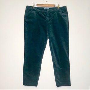 Old Navy pixie ankle pants in dark green velvet